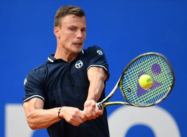 Венгерский теннисист Мартон Фучович