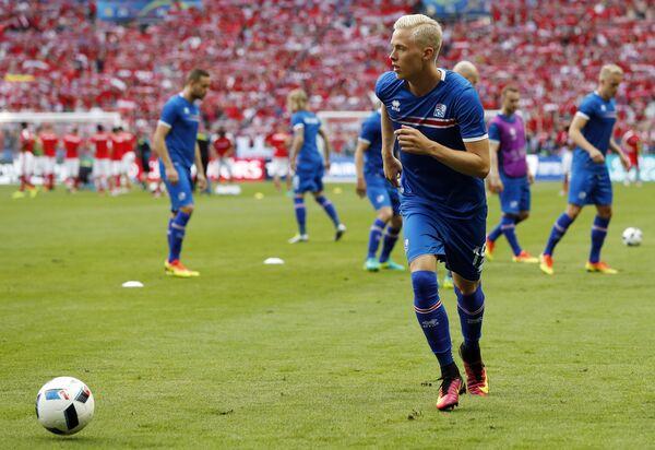 Защитник сборной Исландии Хёрдур Магнуссон
