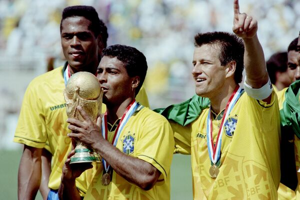 Футболисты сборной Бразилии после победы на чемпионате мира 1994 года