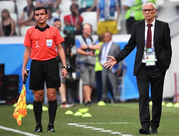 Главный тренер сборной Египта Эктор Купер (справа)