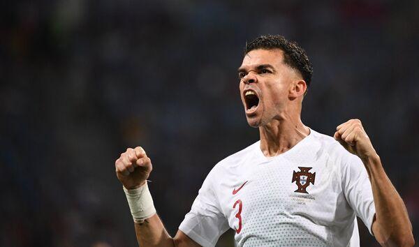 Португальский защитник Пепе