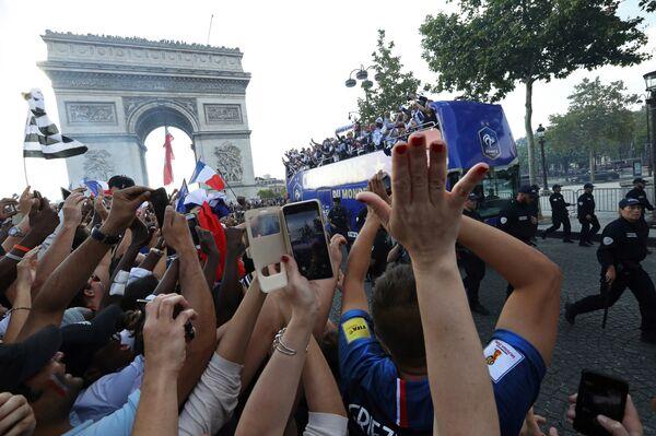 Чемпионский парад сборной Франции