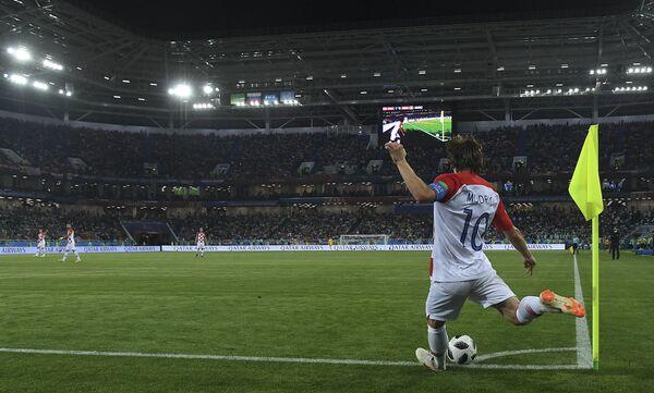 Хавбек сборной Хорватии Лука Модрич на чемпионате мира