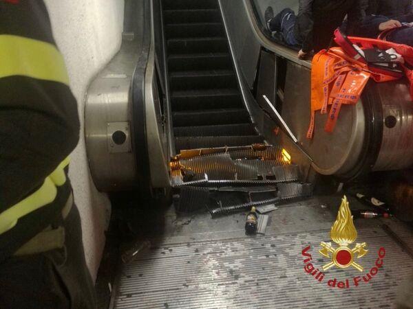 Эскалатор в римском метро