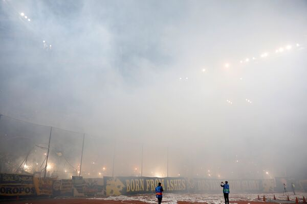 Эпизод матча АЕК - Бавария