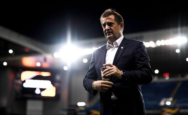 Исполняющий обязанности главного тренера ФК Спартак Рауль Рианчо перед началом матча с Рейнджерс.