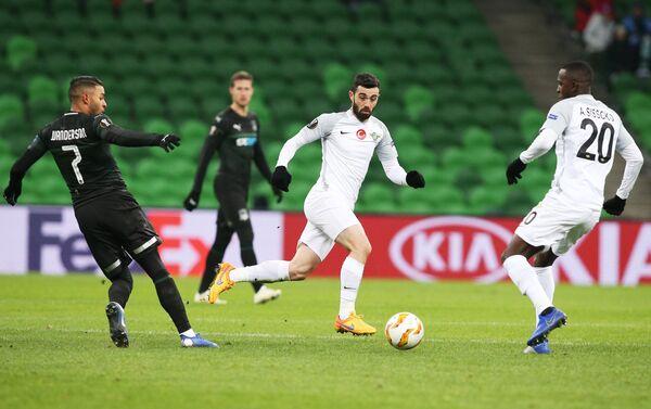 Игровой момент матча Краснодар - Акхисар