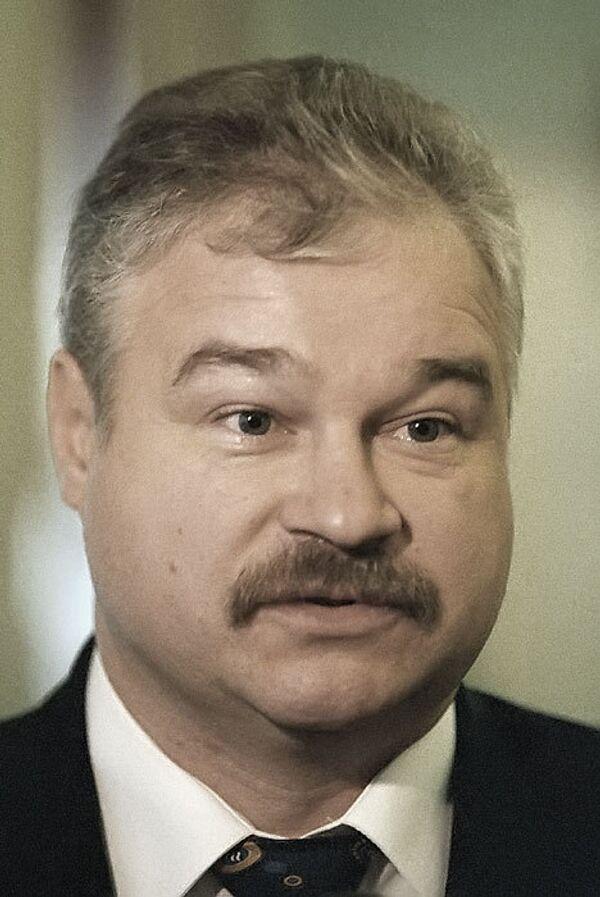 Владимир Плющев. Архив
