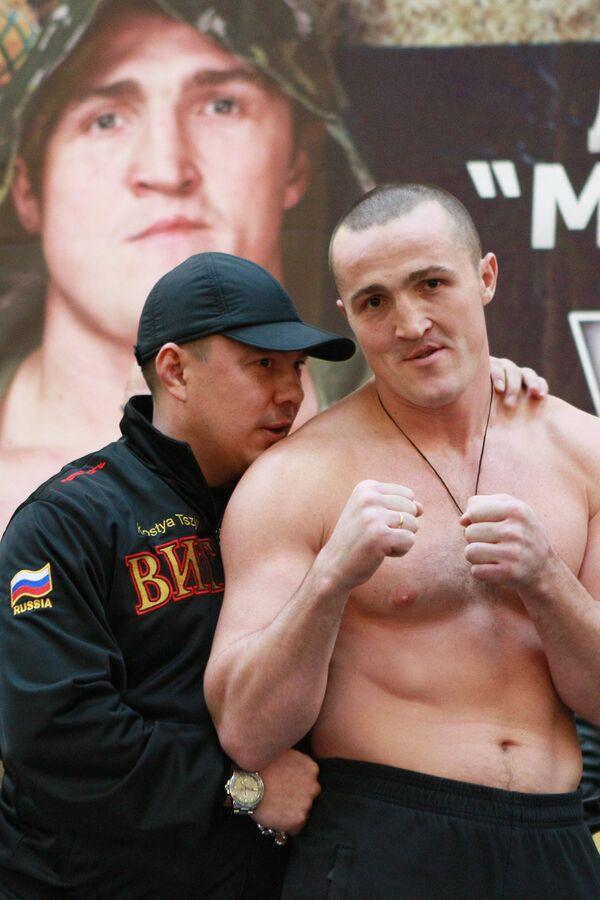 Константин Цзю и Денис Лебедев (слева направо)