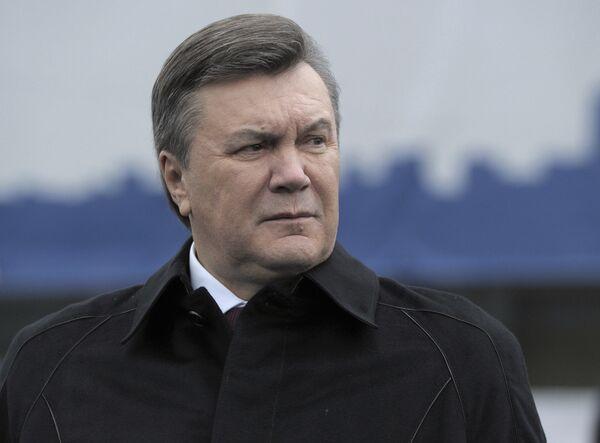 Украина ежегодно переплачивает за газ около $3,8 млрд, заявил Янукович