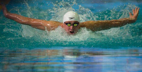 Николай Скворцов на дистанции 100 метров на чемпионате России по плаванию в Москве.