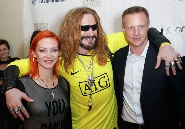Никита Джигурда Марина Анисина Вячеслав Малафеев (слева направо)