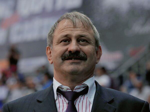 Адлан Вараев