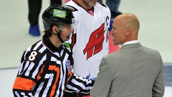 Вячеслав Буланов и Марк Мессье (слева направо)