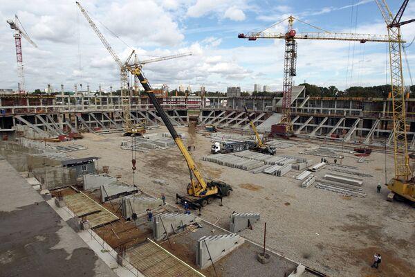 Вид на строительную площадку стадиона Спартак