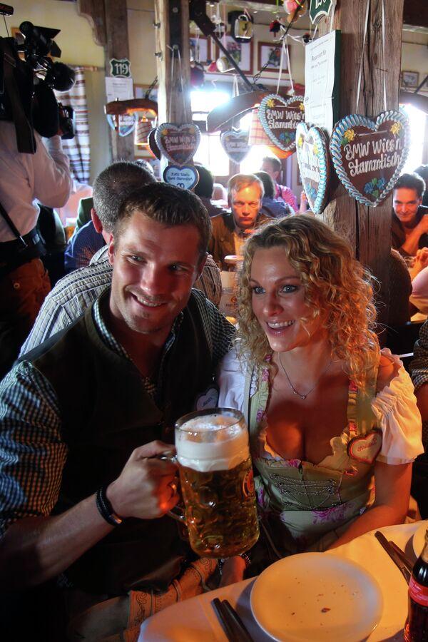 Георг Хакль с женой