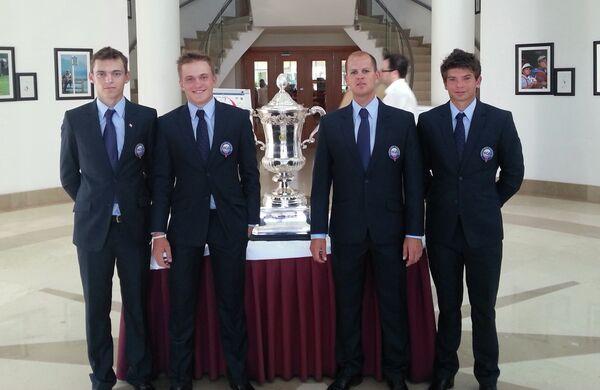 Василий Белов, Владимир Осипов, тренер Валерий Тупиков, Никита Пономарев (слева направо)