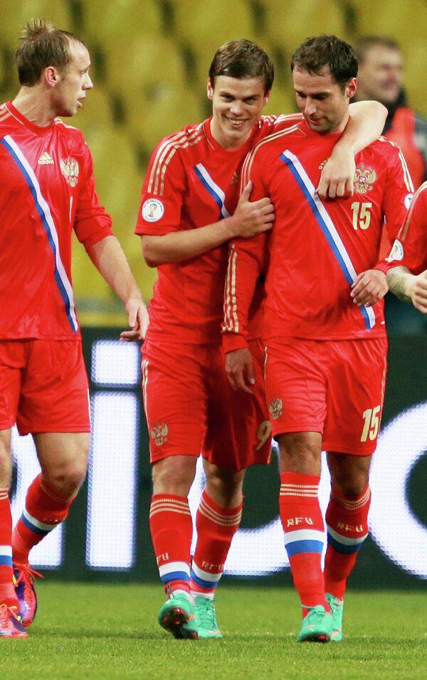 Денис Глушаков и Александр Кокорин и Роман Широков (слева направо)