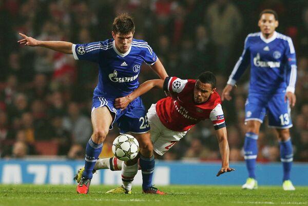 Игровой момент матча Арсенал - Шальке