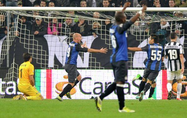 Игровой момент матча Ювентус - Интер