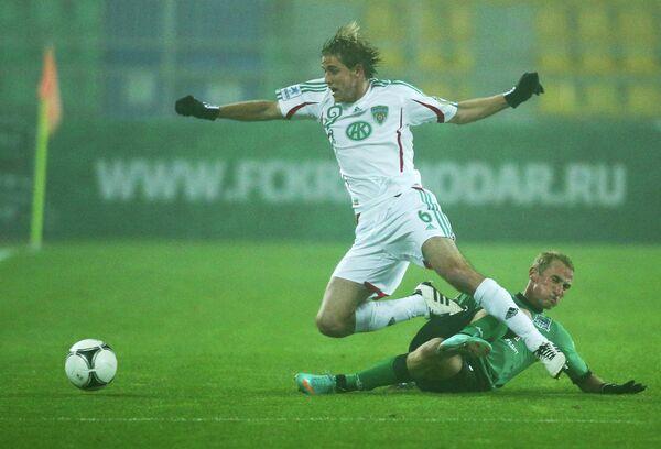 Игровой момент матча Краснодар - Терек