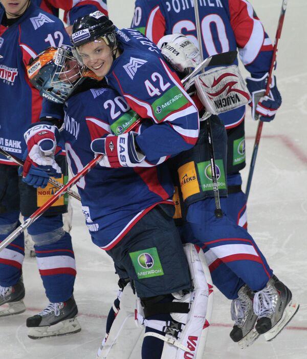 Георгий Гелашвили и Павел Здунов (слева направо)