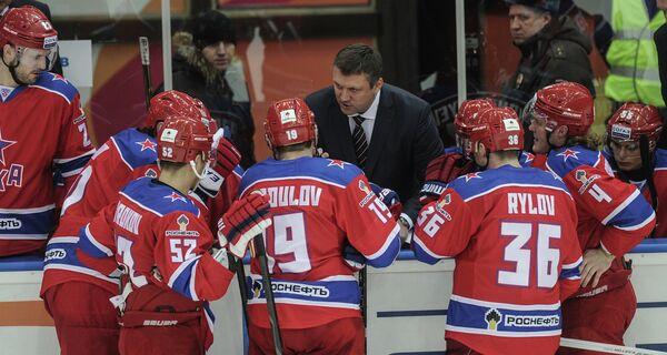 Андрей Сергеев, Яков Рылов, Александр Радулов, Сергей Широков (справа налево) и Вячеслав Буцаев (в центре)