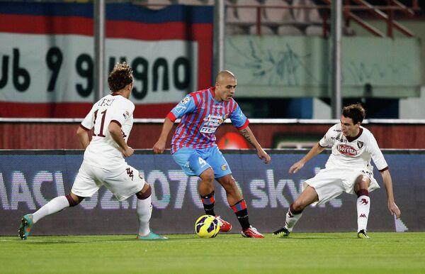 Игровой момент матча Катания - Торино