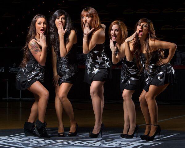 Участницы группы поддержки баскетбольного клуба Бильбао