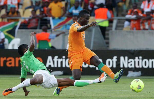 Игровой момент матча Кот-д'Ивуар - Того