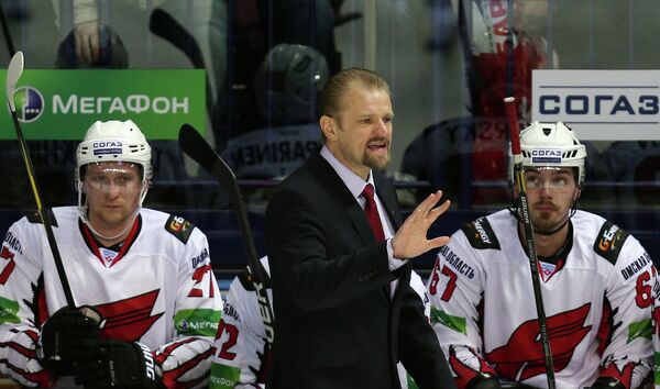 Петри Матикайнен и хоккеитсы Авангарда