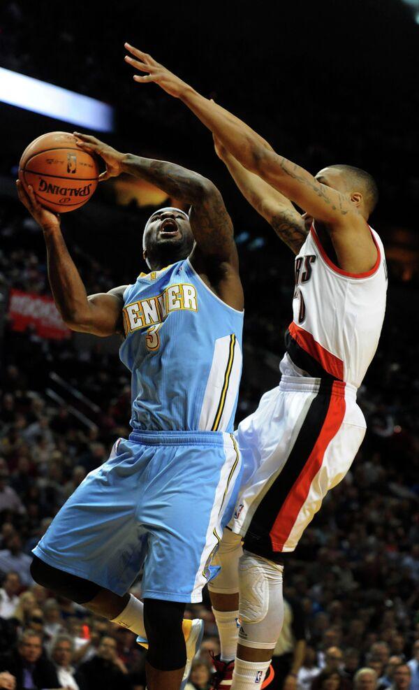 Игровой момент матча НБА Денвер - Портленд