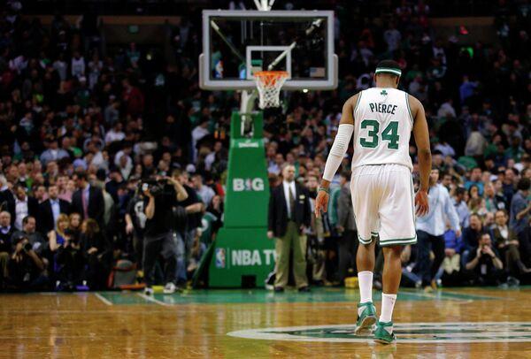 Игрок Бостона Пирс