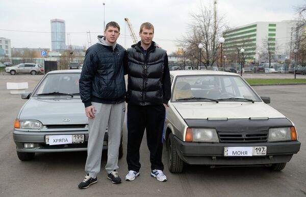 Виктор Хряпа (слева) и Сергей Моня