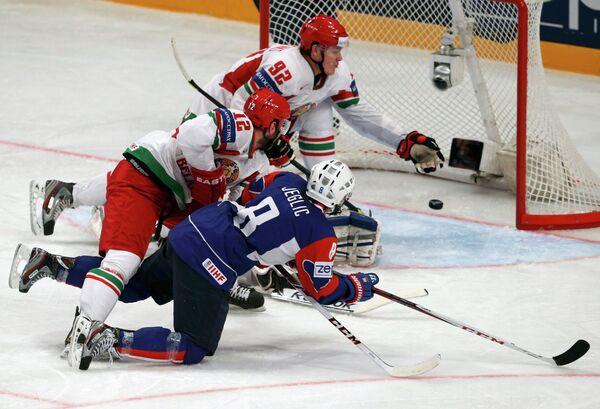 Игровой момент матча Белоруссия-Словения