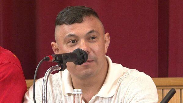 Тренер Поветкина и Лебедева Костя Цзю рассказал, чего желает соперникам
