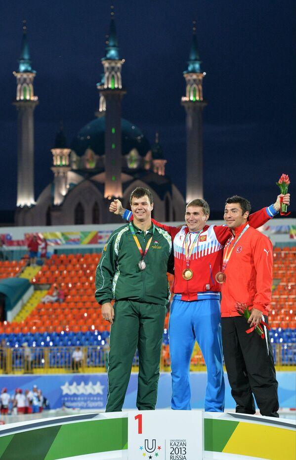 Лдон Роберт Ошхайзен, Дмитрий Тарабин и Фатих Аван (слева направо)