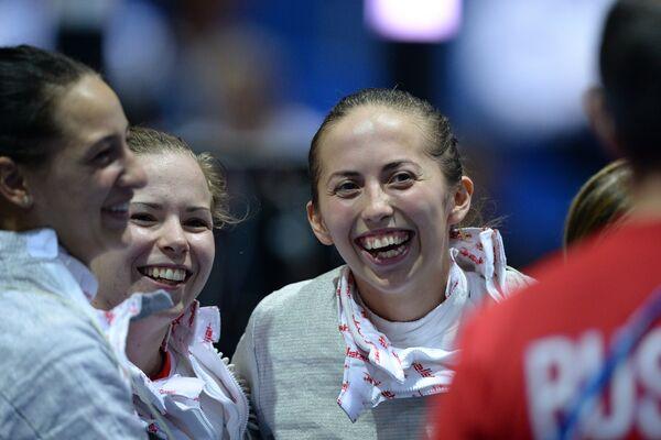 Яна Егорян, Юлия Гаврилова, Дина Галиакбарова (слева направо)