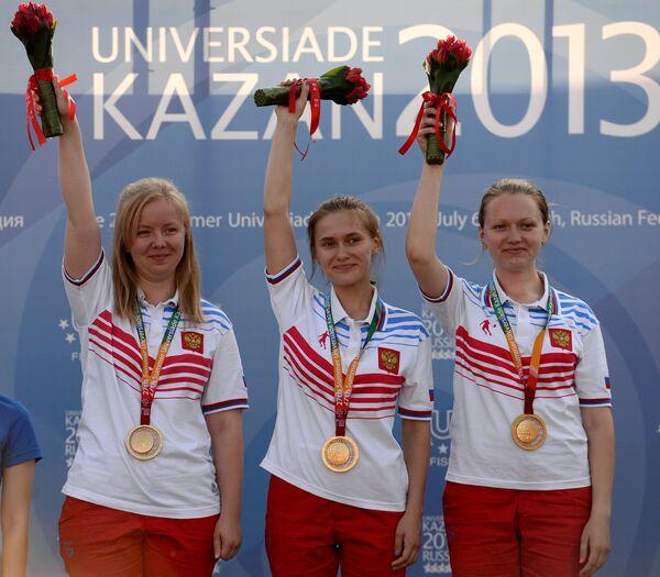 Анна Жукова, Дарья Вдовина и Полина Хорошева (слева направо)