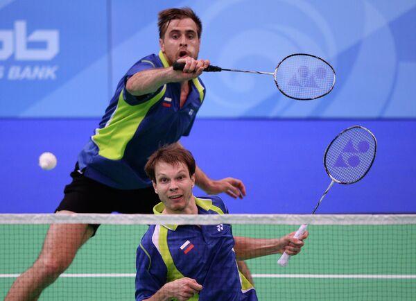 Российские спортсмены Иван Созонов (слева) и Владимир Иванов