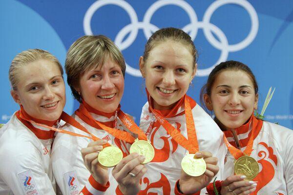 Евгения Ламонова, Светлана Бойко, Виктория Никишина, Аида Шанаева (слева направо)