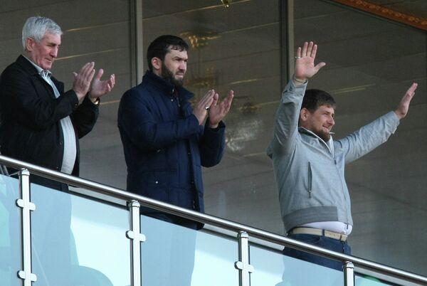 Глава Чеченской Республики Рамзан Кадыров, руководитель администрации главы и правительства Чечни Магомед Даудов, вице-президент ФК Терек Хайдар Алханов (справа налево)