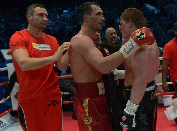 Украинцы Виталий и Владимир Кличко, россиянин Александр Поветкин (слева направо)