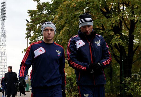 Павел Мамаев и Алексей Березуцкий (слева направо)