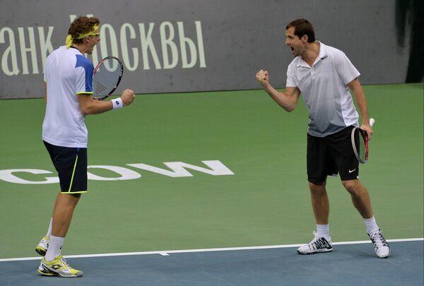 Денис Истомин (слева) и Михаил Елгин