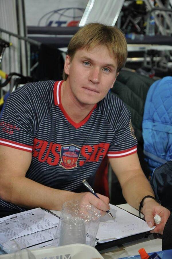 Олег Логунов