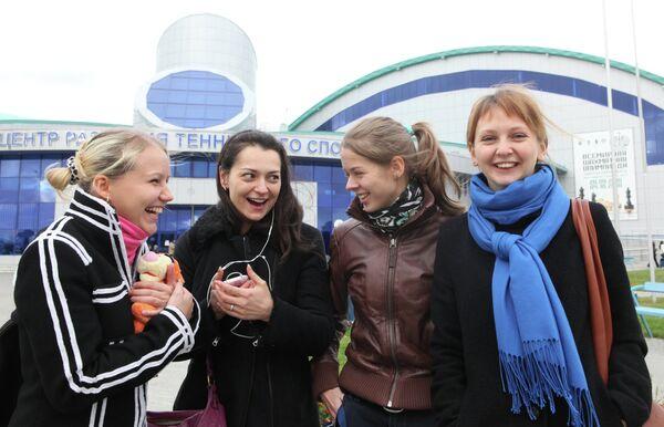 Члены женской сборной России по-шахматам