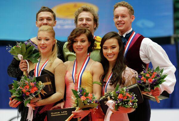 Екатерина Боброва и Дмитрий Соловьёв, Натали Пешала и Фабьяну Бурза, Мэдисон Чок и Эван Бэйтс (слева направо)