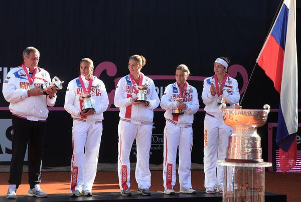 Сборная России по теннису после поражения в финале Кубка Федерации