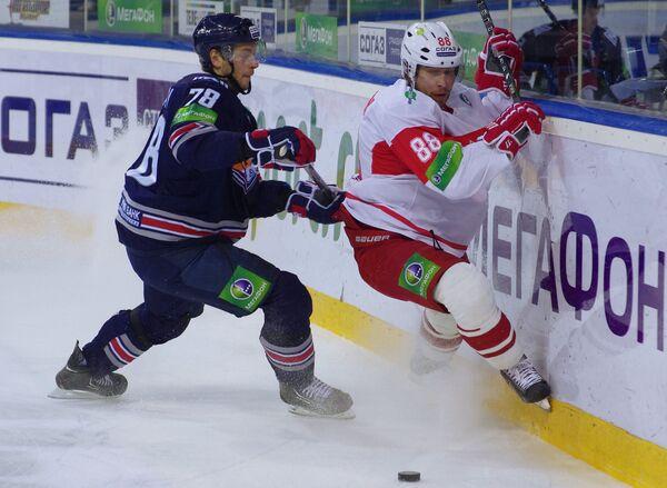 Ярослав Хабаров (слева) и Александр Нестеров